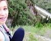 Мать услышала крик по телефону, когда ее дочь упала со скалы в Аляске