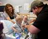 Сиамских близнецов разделили и выписали из больницы Далласа после девяти долгих месяцев